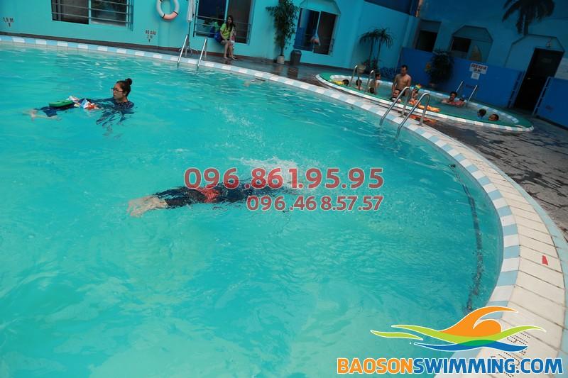 """Học bơi khách sạn Bảo Sơn - sự lựa chọn """"trên cả tuyệt vời"""" 01"""