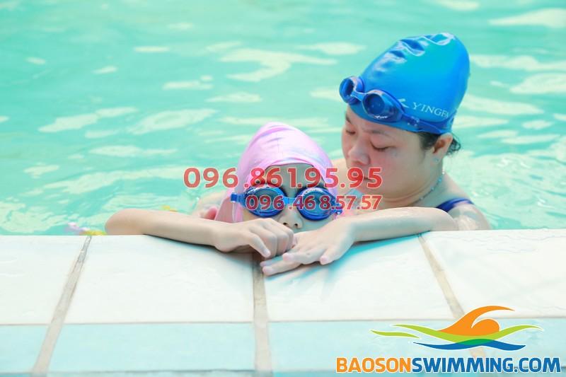 Học bơi tại Bảo Sơn Swimming, mất bao lâu thì sẽ biết bơi?