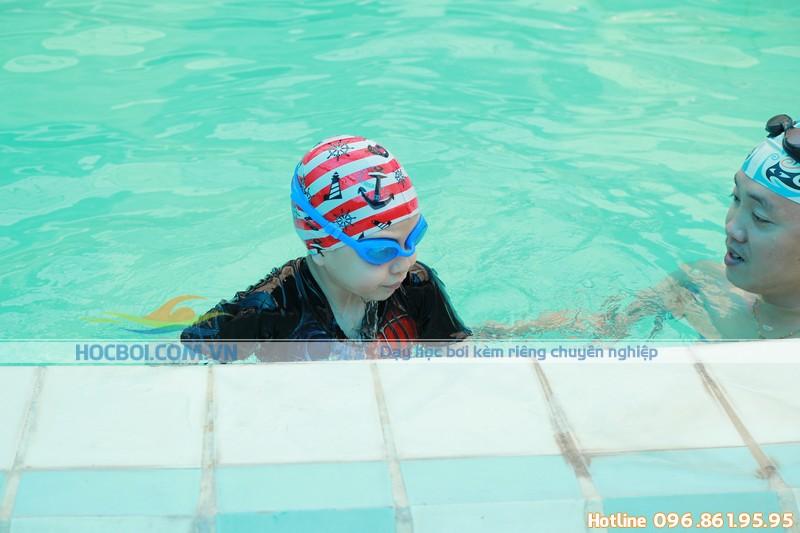 Ưu điểm của lớp học bơi cho trẻ em tại bể bơi Bảo Sơn