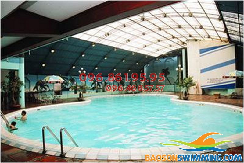 Trải nghiệm dịch vụ dạy bơi chuyên nghiệp tại bể bơi Bảo Sơn