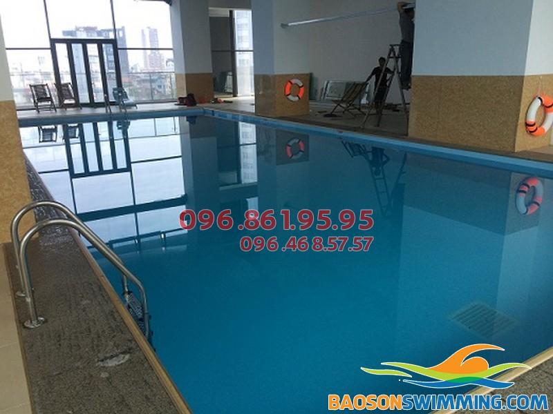 Bể bơi Star City là địa điểm bơi lội mùa đông có giá thành khá hợp lý