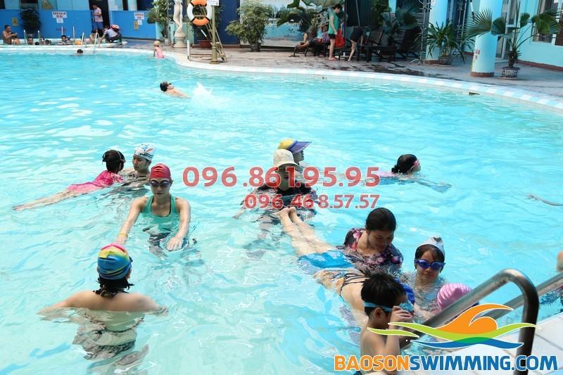 Nhận dạy học bơi kèm riêng tại Hà Nội uy tín, chất lượng, giá rẻ