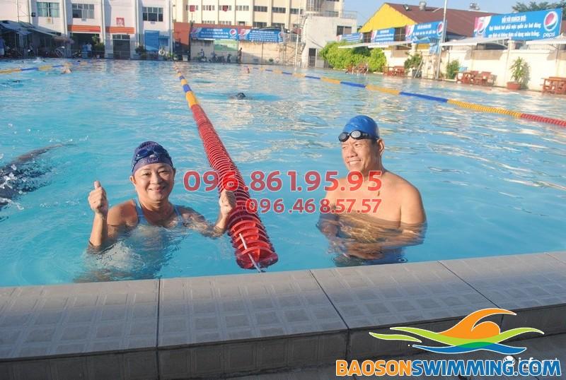 Tập bơi đúng cách giúp giảm đau lưng hiệu quả