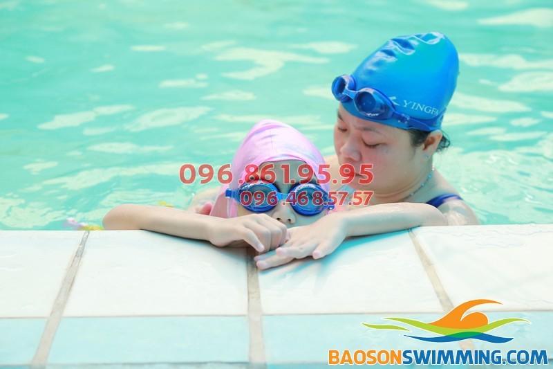 Trung tâm dạy học bơi cho trẻ em tốt nhất Hà Nội