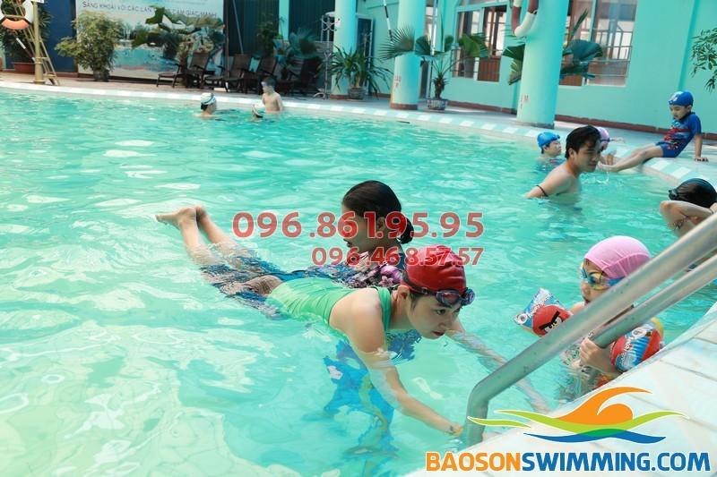 Dạy học bơi bể Bảo Sơn đào tạo nhanh, chi phí rẻ, hiệu quả cao