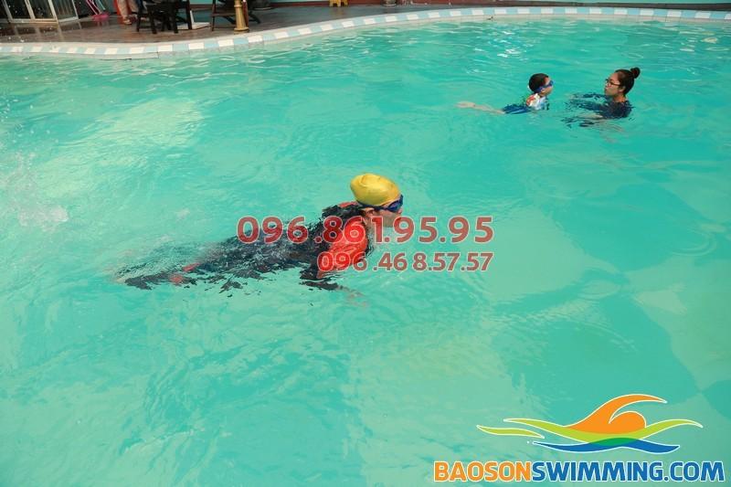 Dạy học bơi bể Bảo Sơn - Đột phá mới mang lại hiệu quả cao