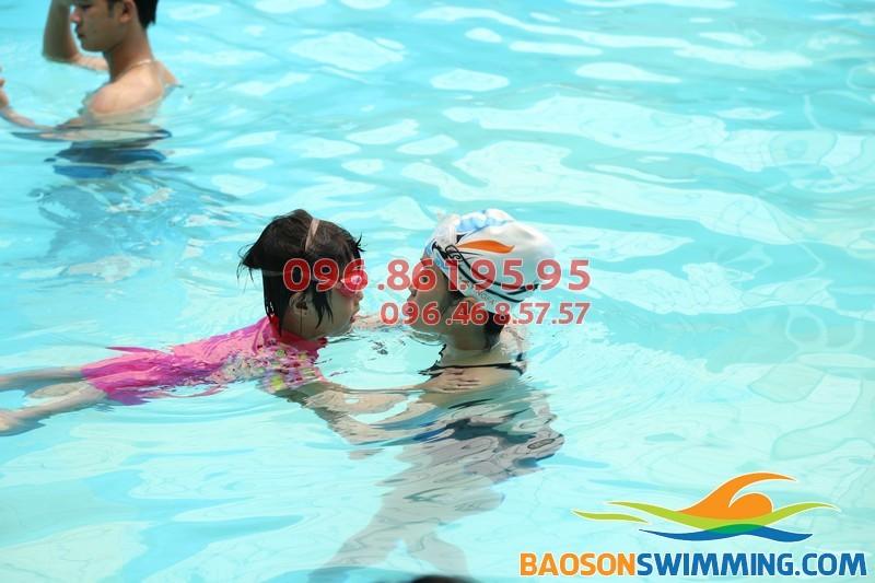 Dạy học bơi cơ bản bể Bảo Sơn 2017