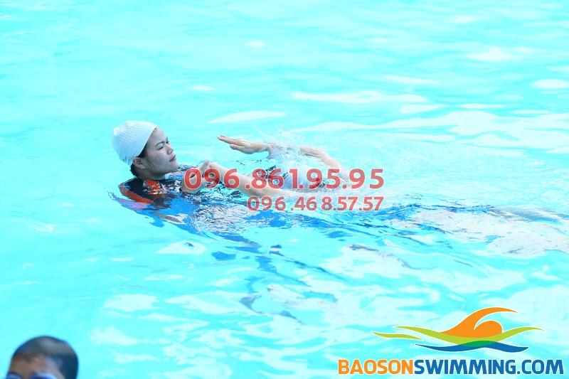 Học bơi ếch bể Bảo Sơn chi phí, chất lượng và hiệu quả