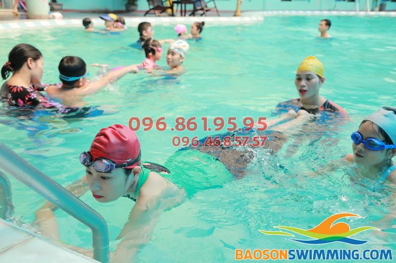 Thông tin cơ bản về lớp học bơi bướm bể Bảo Sơn