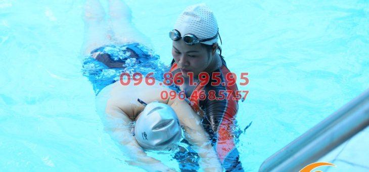 Dạy bơi kèm riêng giá rẻ bể Bảo Sơn 2018: HLV giỏi, giáo án bơi bài bản