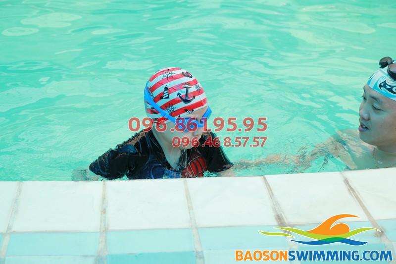 Dạy bơi trẻ em bể Bảo Sơn: An toàn, hiệu quả và chất lượng