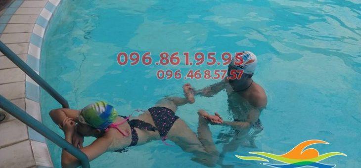 Các lớp học bơi buổi tối bể Bảo Sơn
