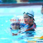 Học bơi bể nước nóng Bảo Sơn: Xếp lịch học nhanh, chi phí rẻ