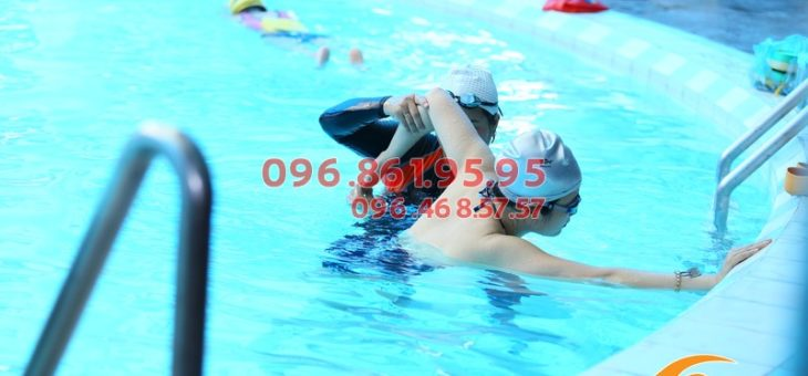 Gợi ý lớp học bơi sải dành cho người lớn mùa đông 2018