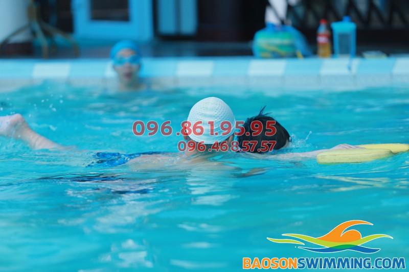 Học bơi mùa đông 2017 bể nước nóng Bảo Sơn với chất lượng cực tốt