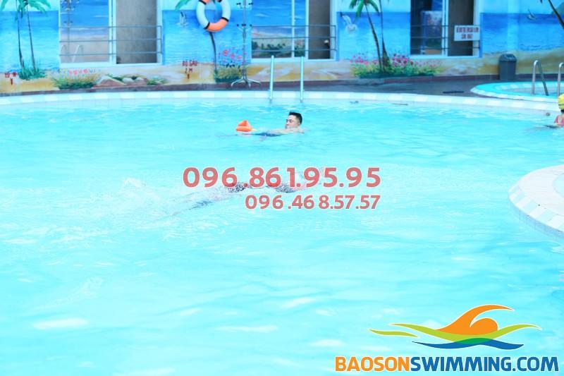 Bể bơi nước nóng Bảo Sơn - địa điểm học bơi mùa đông lý tưởng