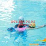 Tuyển sinh lớp học bơi dành cho người lớn giá rẻ bể Bảo Sơn mùa đông