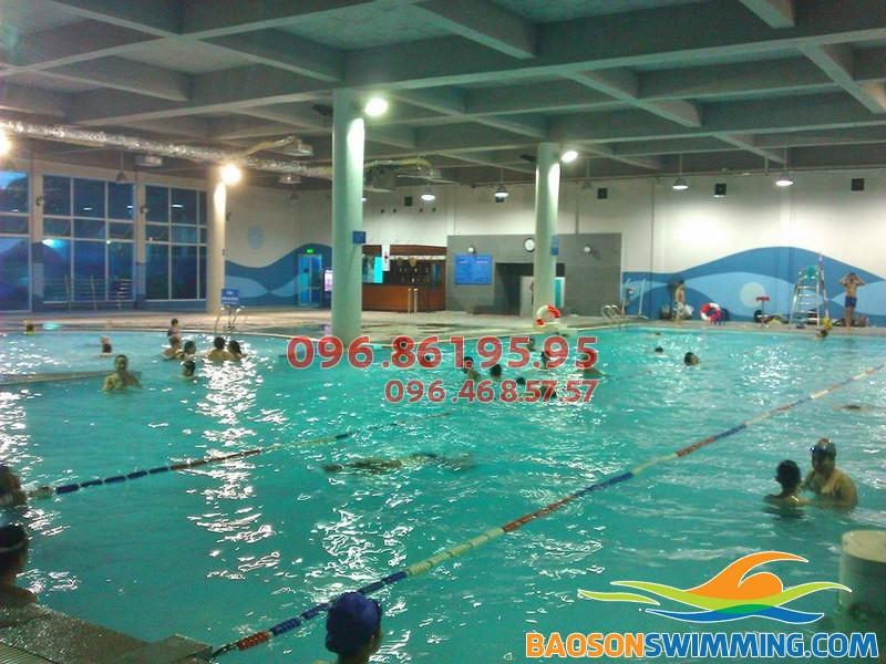 Bể bơi nước nóng Vạn Bảo số 73 Vạn Bảo, Ba Đình, Hà Nội