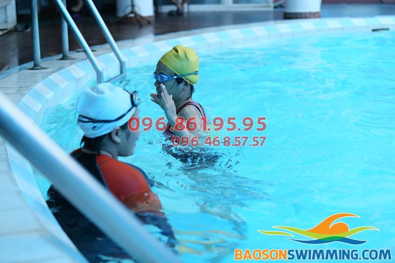 Chương trình học của lớp học bơi dành cho người lớn cấp tốc bể Bảo Sơn