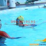 Học bơi mùa đông bể khách sạn Bảo Sơn: 1 khóa học bơi bao nhiêu tiền?