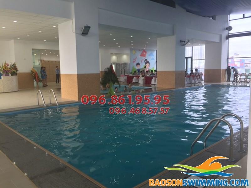 Bể bơi bốn mùa Star City