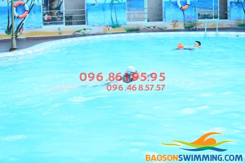 Bể bơi Bảo Sơn - địa chỉ học bơi lý tưởng
