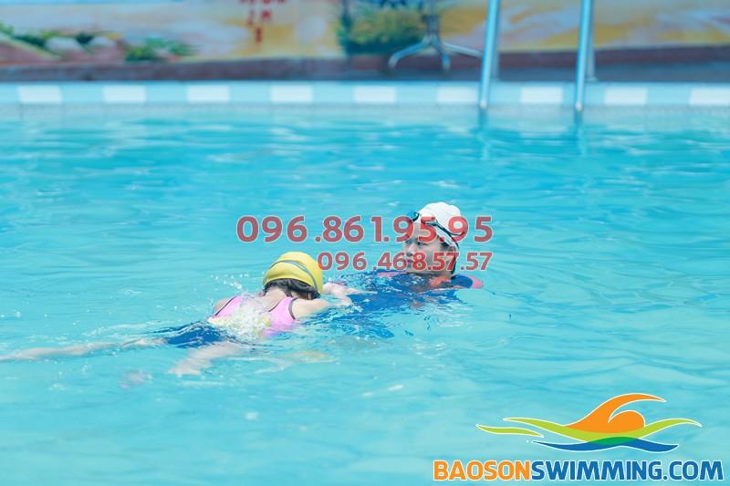 Tiết kiệm thời gian nhờ đăng ký học bơi cấp tốc bể bơi Bảo Sơn