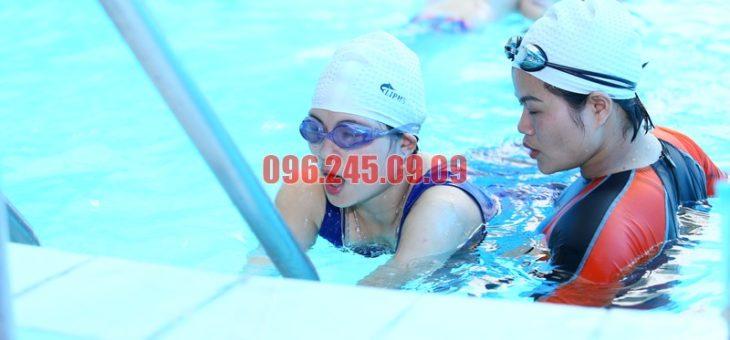 Điểm qua các lớp học bơi dành cho người lớn hè 2018 tại bể Bảo Sơn