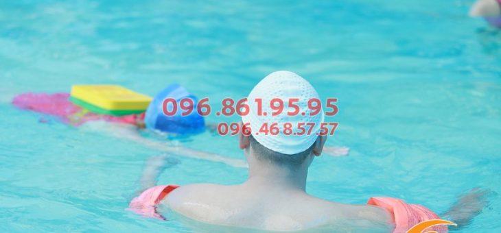 Dạy bơi cấp tốc bể bơi Bảo Sơn giá siêu rẻ, xếp lịch học luôn