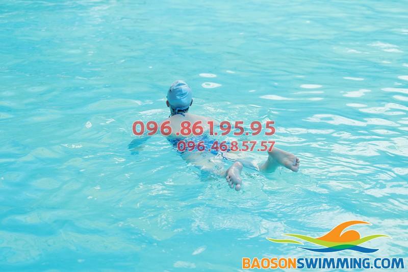 Lớp học bơi cho trẻ em ở Hà Nội tốt nhất, cam kết 100% trẻ bơi tốt