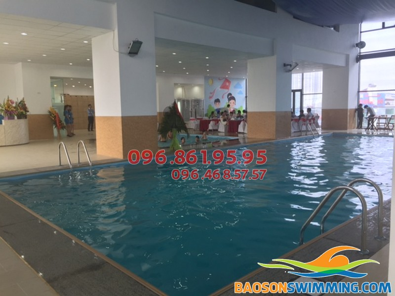 Bể bơi Star City