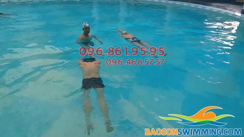 HLV Bảo Sơn Swimming dạy bơi kèm riêng