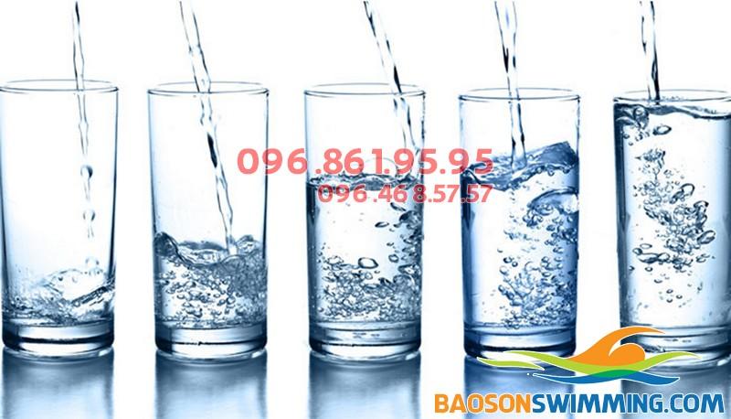 Uống đủ 3 lít nước mỗi ngày