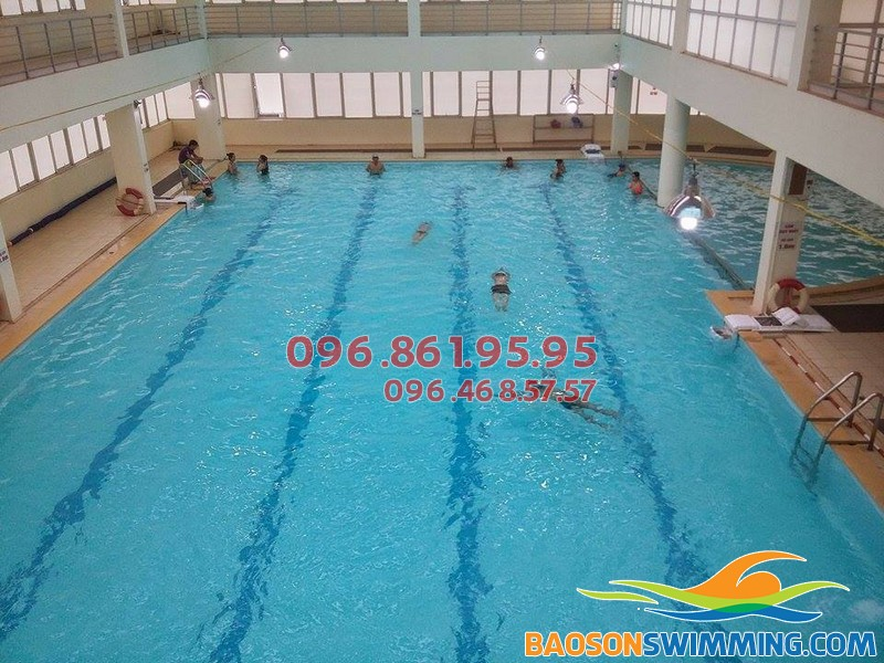 Bể bơi Tôn Thất Thuyết - bể bơi bốn mùa Cầu Giấy
