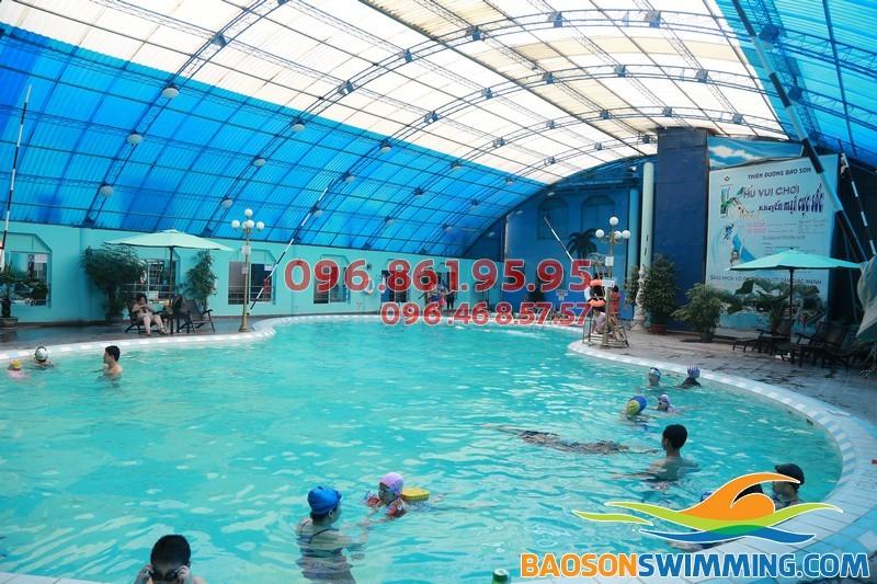 Dạy bơi chuyên nghiệp tại bể bơi Bảo Sơn