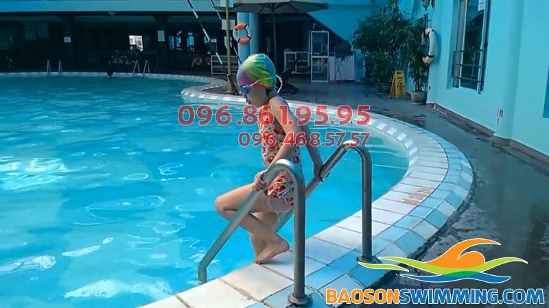 Bể bơi khách sạn Bảo Sơn giờ mở cửa, số điện thoại, giá vé vào bể 2018