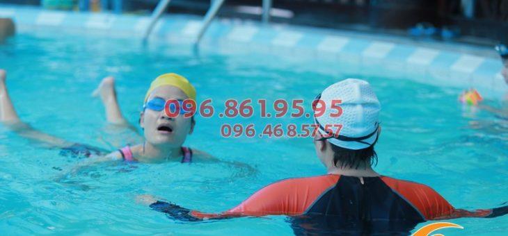 Học bơi cấp tốc mất bao lâu để biết bơi?