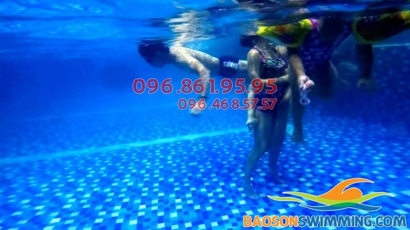 Hà Nội Swimming- trung tâm dạy bơi trẻ em hàng đầu hiên nay