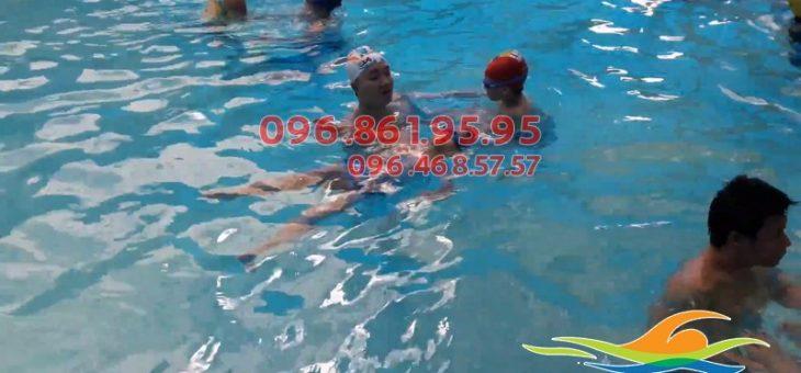 Top 3 địa chỉ học bơi trẻ em tốt nhất Hà Nội