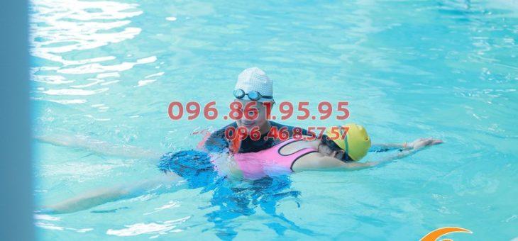 Lớp học bơi cấp tốc tốt nhất Hà Nội 2020: lịch học, học phí