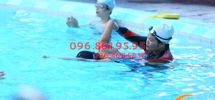 Các lớp học bơi khách sạn Bảo Sơn hè 2019 đang được giảm học phí
