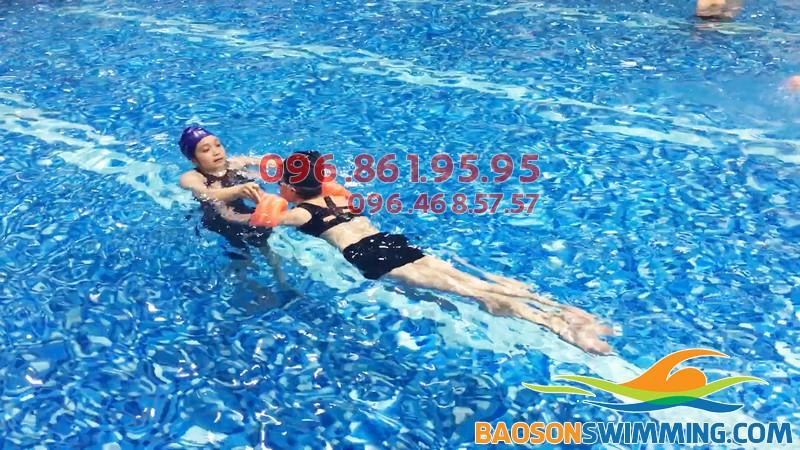 Bể bơi Hapulico - địa điểm học bơi người lớn được yêu thích nhất