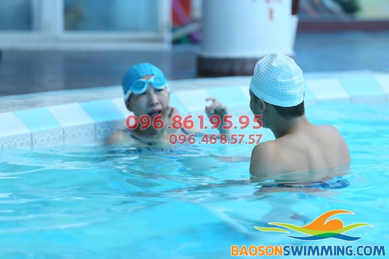 Lớp dạy bơi cho người mới học hè 2018 - Trung tâm dạy bơi chuyên nghiệp Bảo Sơn Swimming