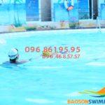 Dạy bơi cho người mới học: 1 khóa học bơi kèm riêng bao nhiêu tiền??