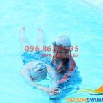 """Học bơi dễ như """"ăn kẹo"""" với khóa dạy bơi kèm riêng tại Bảo Sơn"""